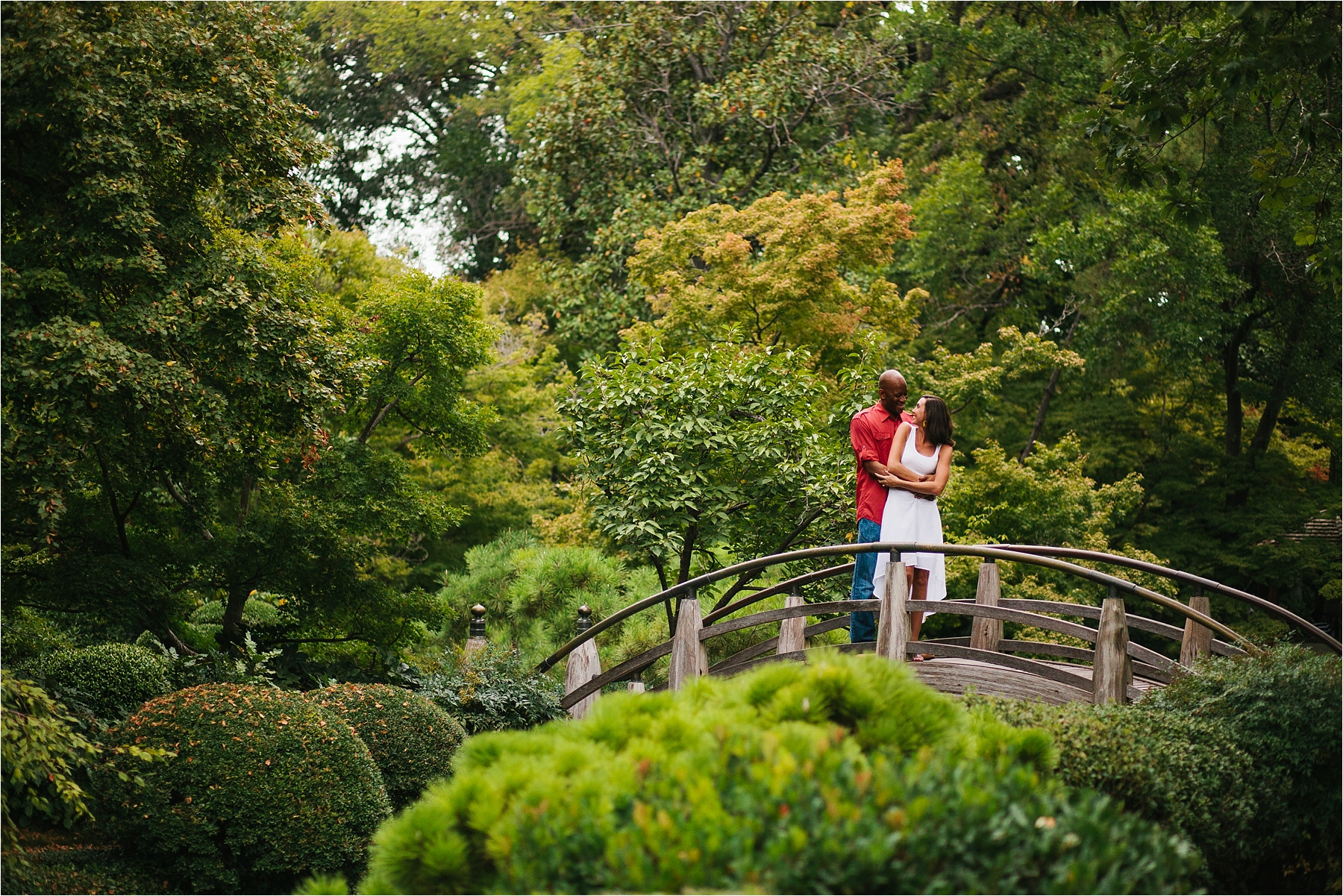 Kate Josh A Fort Worth Botanical Gardens Couples Session Rachel Meagan Photography Is A