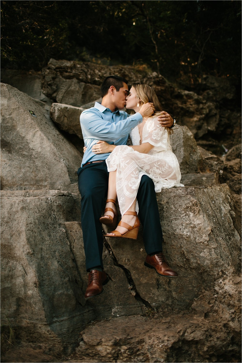 a romantic, adventurous engagement session at Turner Falls in Oklahoma by North Texas Wedding Photographer, Rachel Meagan Photography _ 04