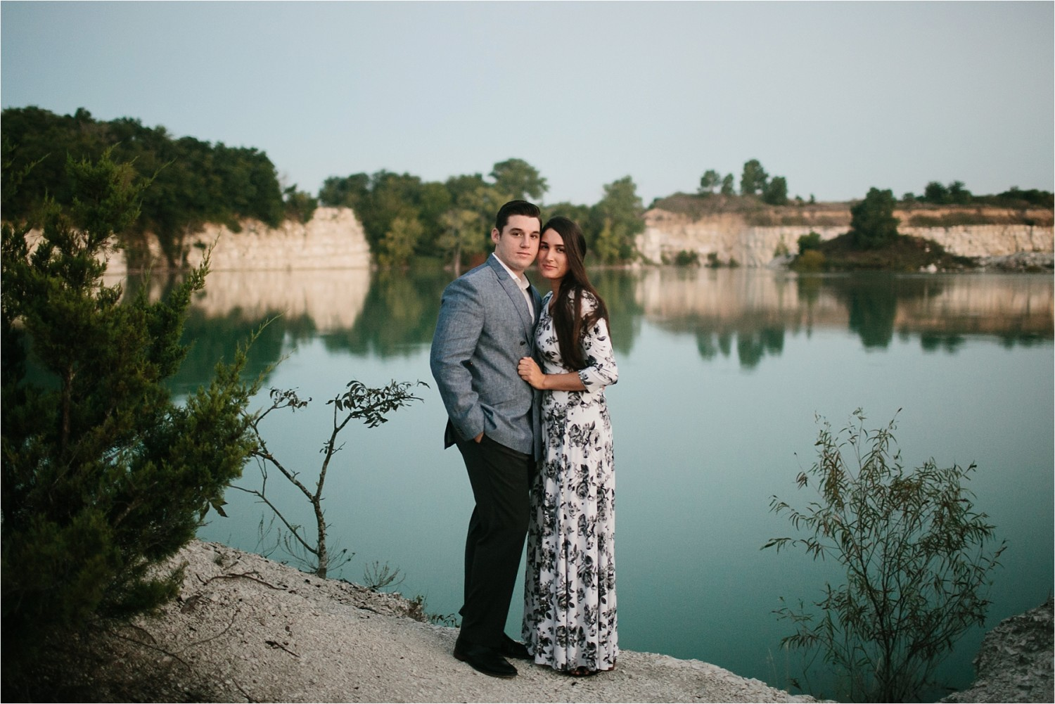 an-intimate-sunrise-session-by-north-texas-wedding-photographer-rachel-meagan-photography-_-02