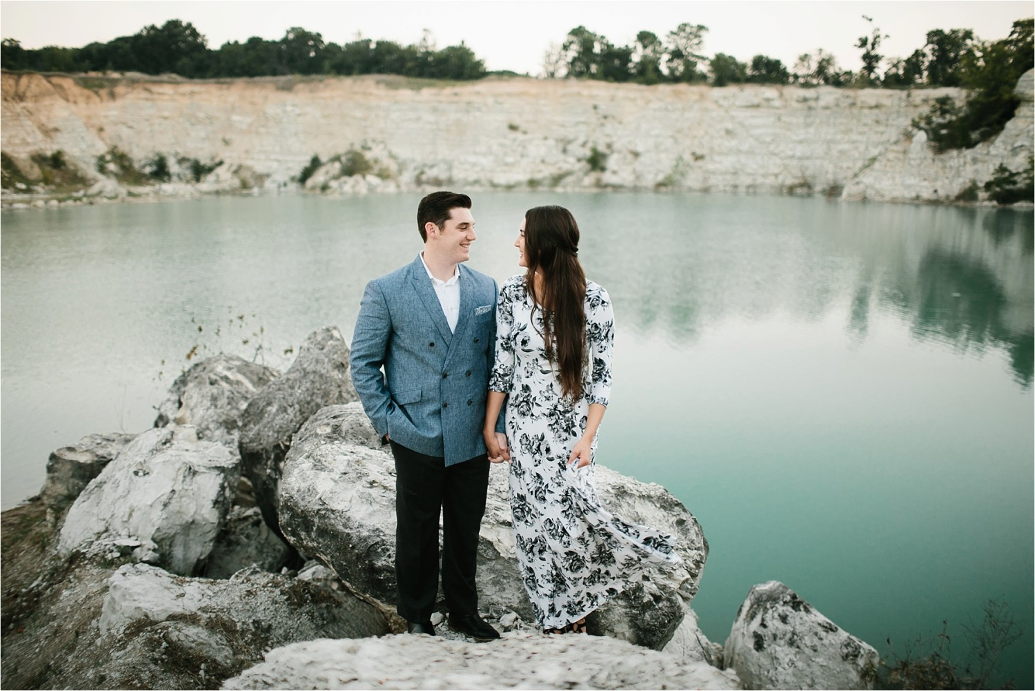 an-intimate-sunrise-session-by-north-texas-wedding-photographer-rachel-meagan-photography-_-08
