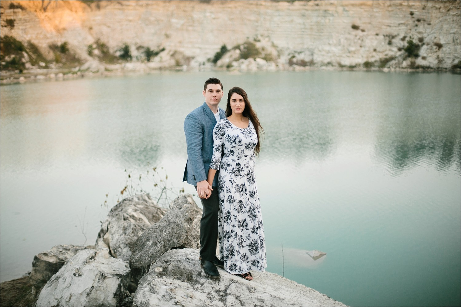 an-intimate-sunrise-session-by-north-texas-wedding-photographer-rachel-meagan-photography-_-15