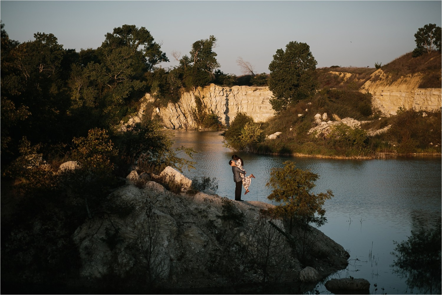 an-intimate-sunrise-session-by-north-texas-wedding-photographer-rachel-meagan-photography-_-23