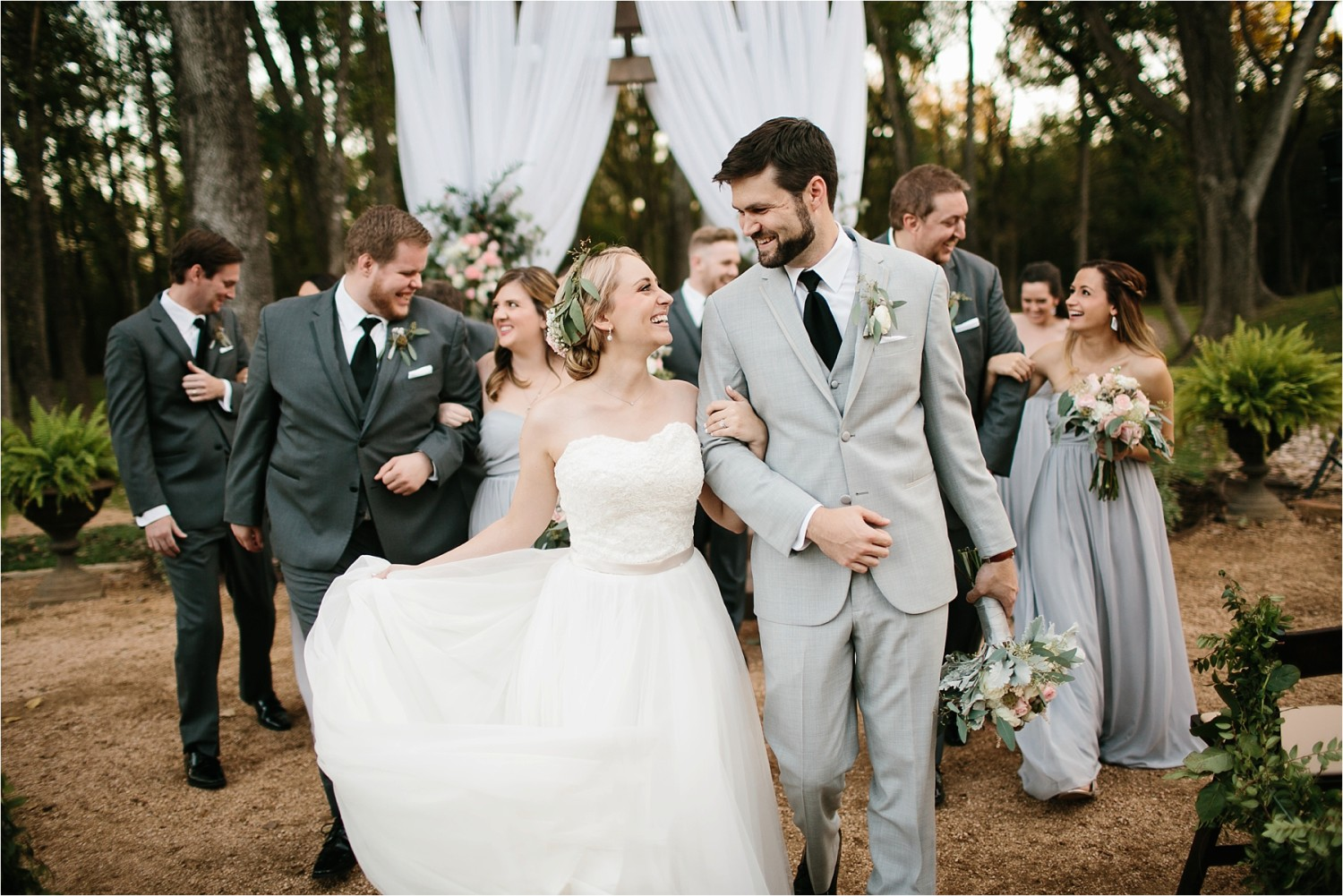 brad-lara-__-a-grey-and-blush-pink-intimate-wedding-at-hidden-waters-event-center-in-waxahachie-tx-by-north-texas-wedding-photographer-rachel-meagan-photography-_-068