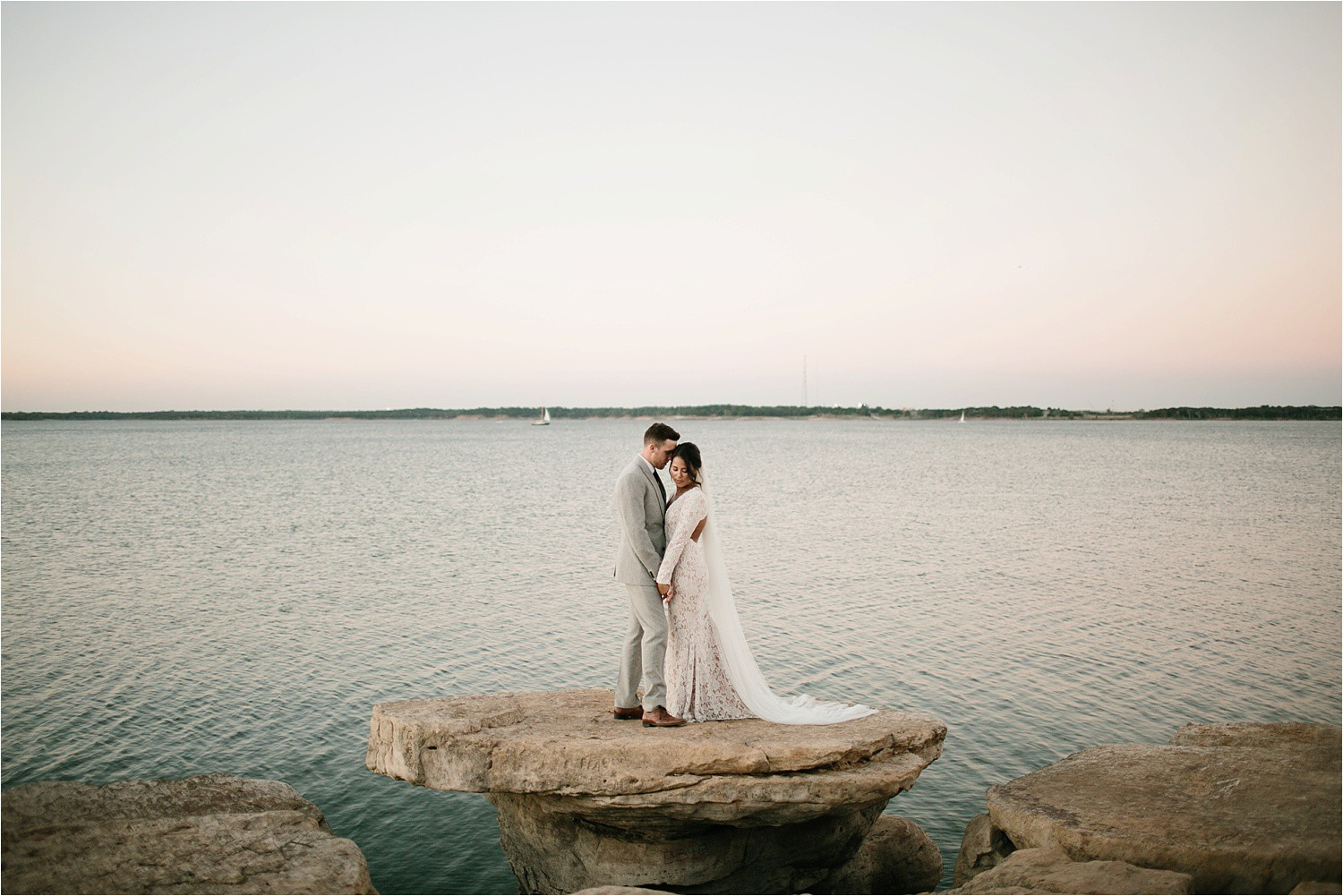 mallory-tyler-__-an-intimate-after-session-at-grapevine-lake-by-north-texas-wedding-photographer-rachel-meagan-photography-_-47