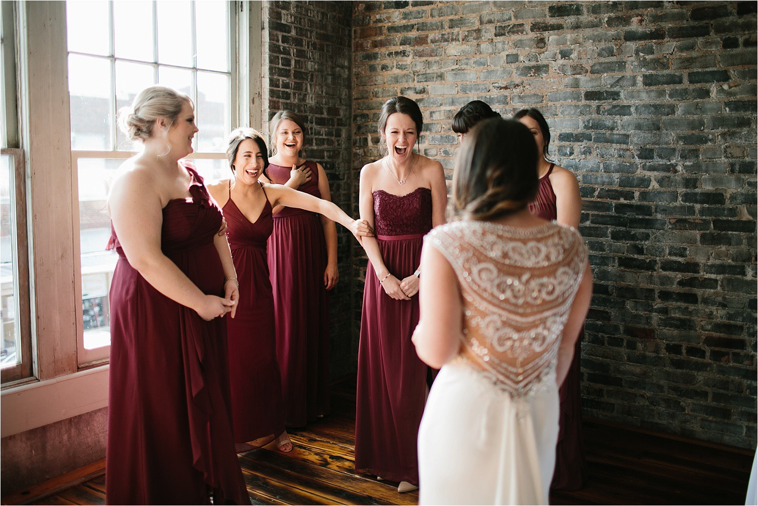 whittney-drew-__-an-intimate-wine-and-navy-wedding-in-an-industrial-venue-at-loft-123-in-paris-tx-by-north-texas-wedding-photographer-rachel-meagan-photography-_-015