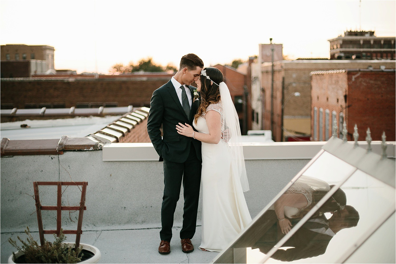whittney-drew-__-an-intimate-wine-and-navy-wedding-in-an-industrial-venue-at-loft-123-in-paris-tx-by-north-texas-wedding-photographer-rachel-meagan-photography-_-079