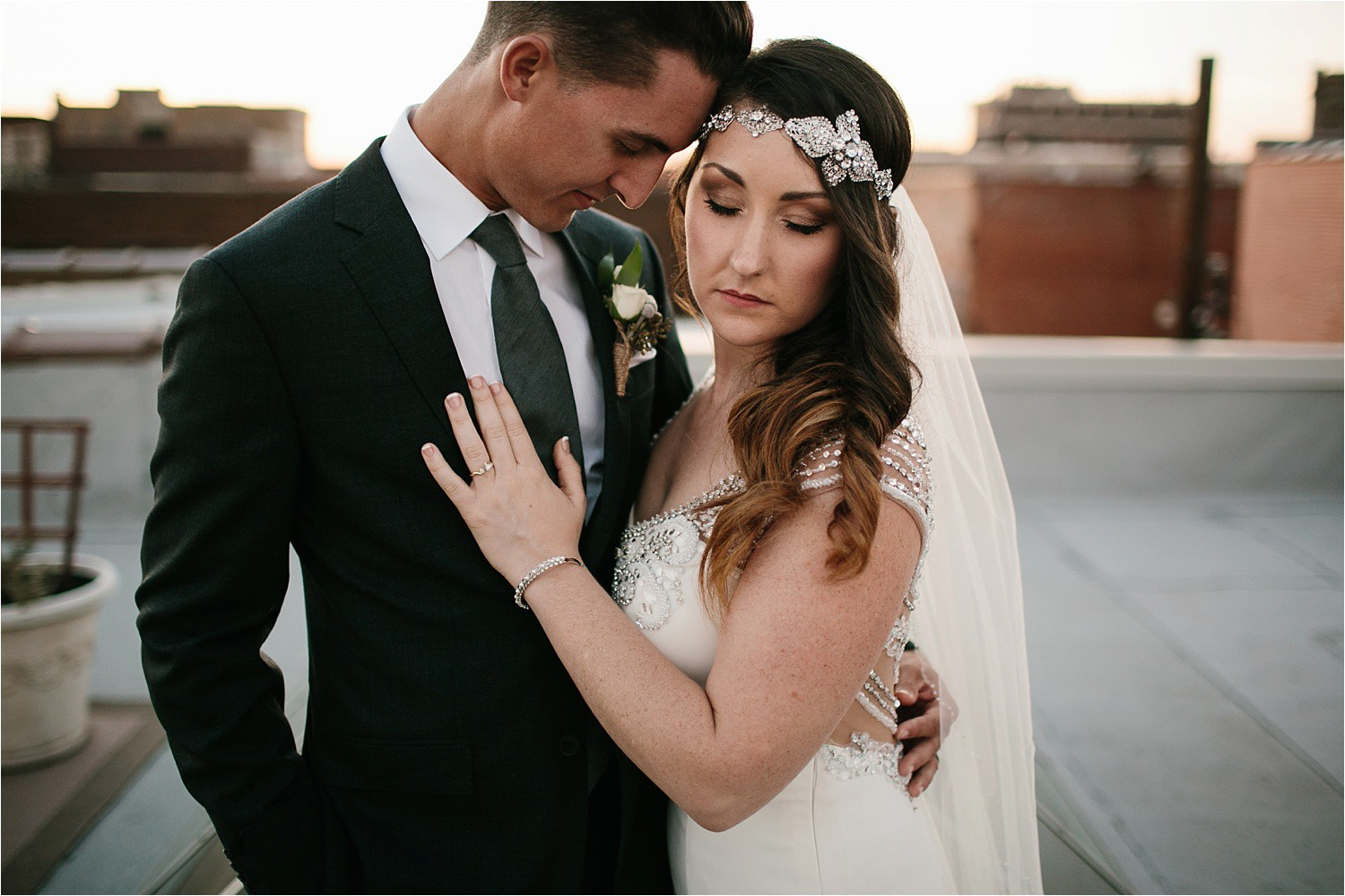 whittney-drew-__-an-intimate-wine-and-navy-wedding-in-an-industrial-venue-at-loft-123-in-paris-tx-by-north-texas-wedding-photographer-rachel-meagan-photography-_-080