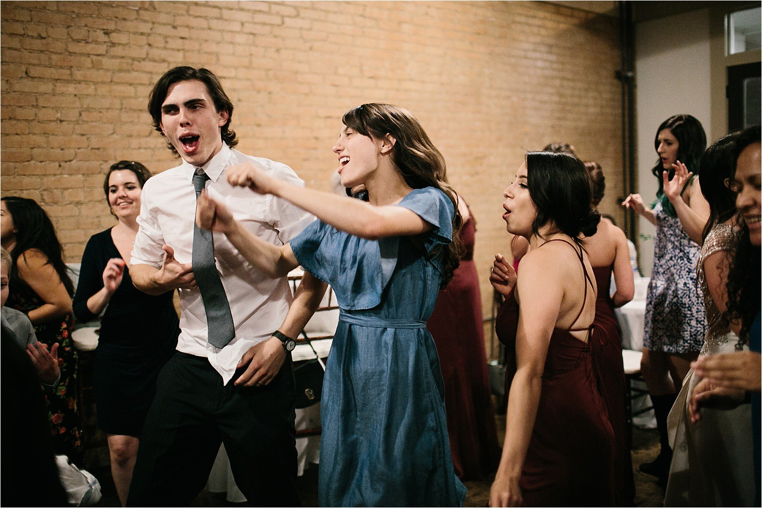 whittney-drew-__-an-intimate-wine-and-navy-wedding-in-an-industrial-venue-at-loft-123-in-paris-tx-by-north-texas-wedding-photographer-rachel-meagan-photography-_-095
