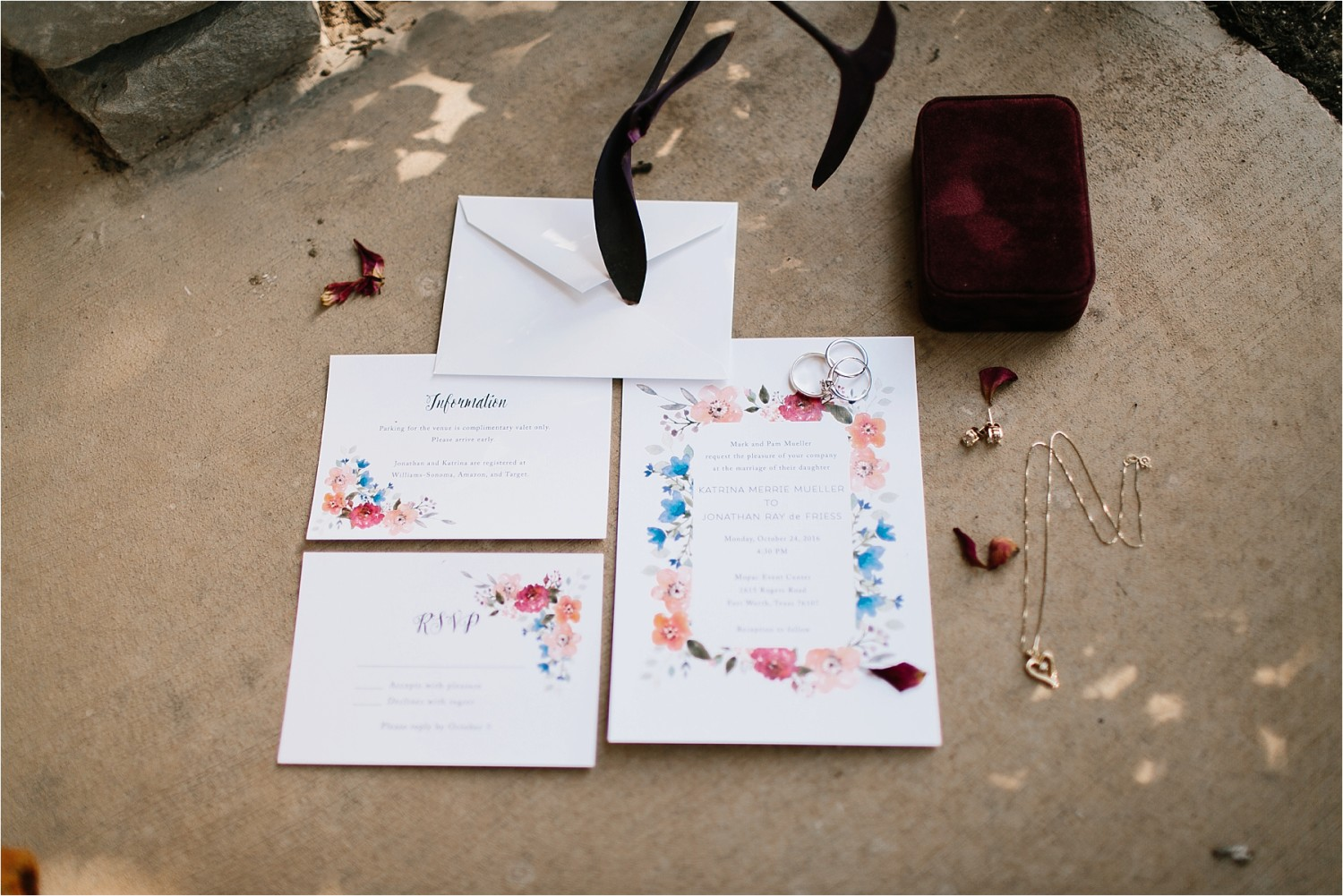 a-riffle-paper-co-inspired-color-pallete-wedding-at-mopac-event-center-in-fort-worth-tx-by-north-texas-wedding-photographer-rachel-meagan-photography-_-003