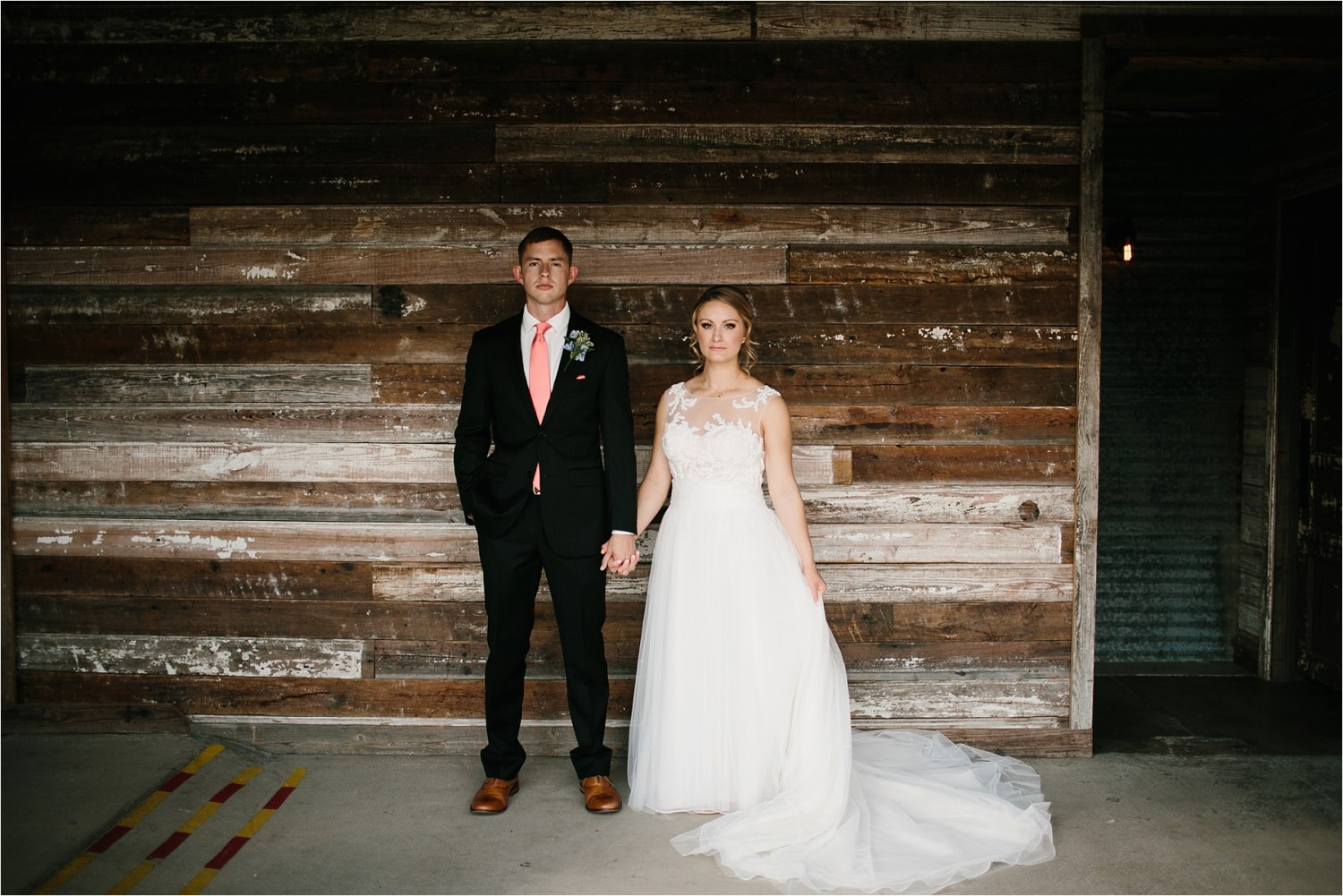 a-riffle-paper-co-inspired-color-pallete-wedding-at-mopac-event-center-in-fort-worth-tx-by-north-texas-wedding-photographer-rachel-meagan-photography-_-019