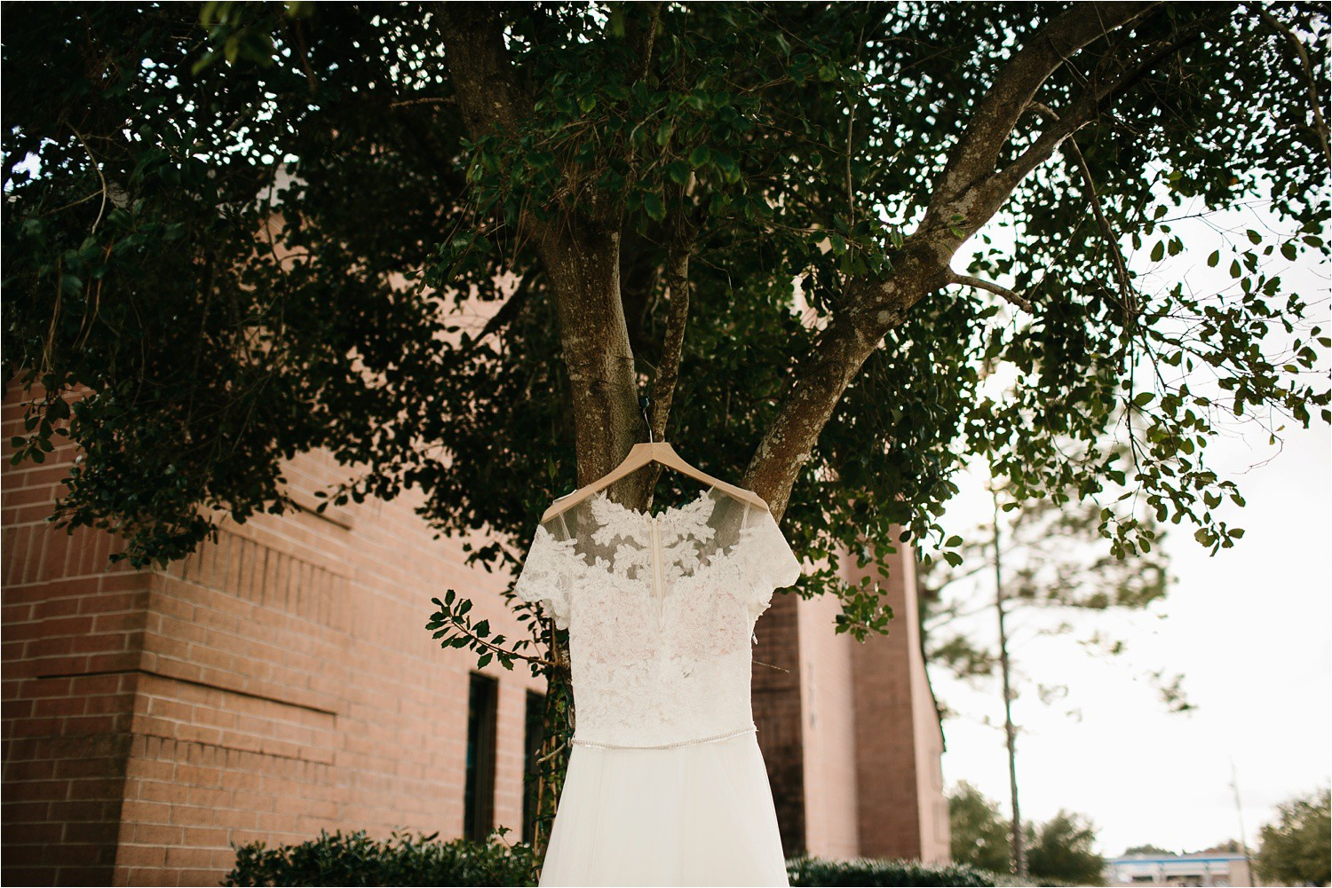 Alaina + Josh __ a wintertime wedding in Houston, TX with Christmas accents and a BHLDN dress by North Texas Wedding Photographer Rachel Meagan Photography _ 01