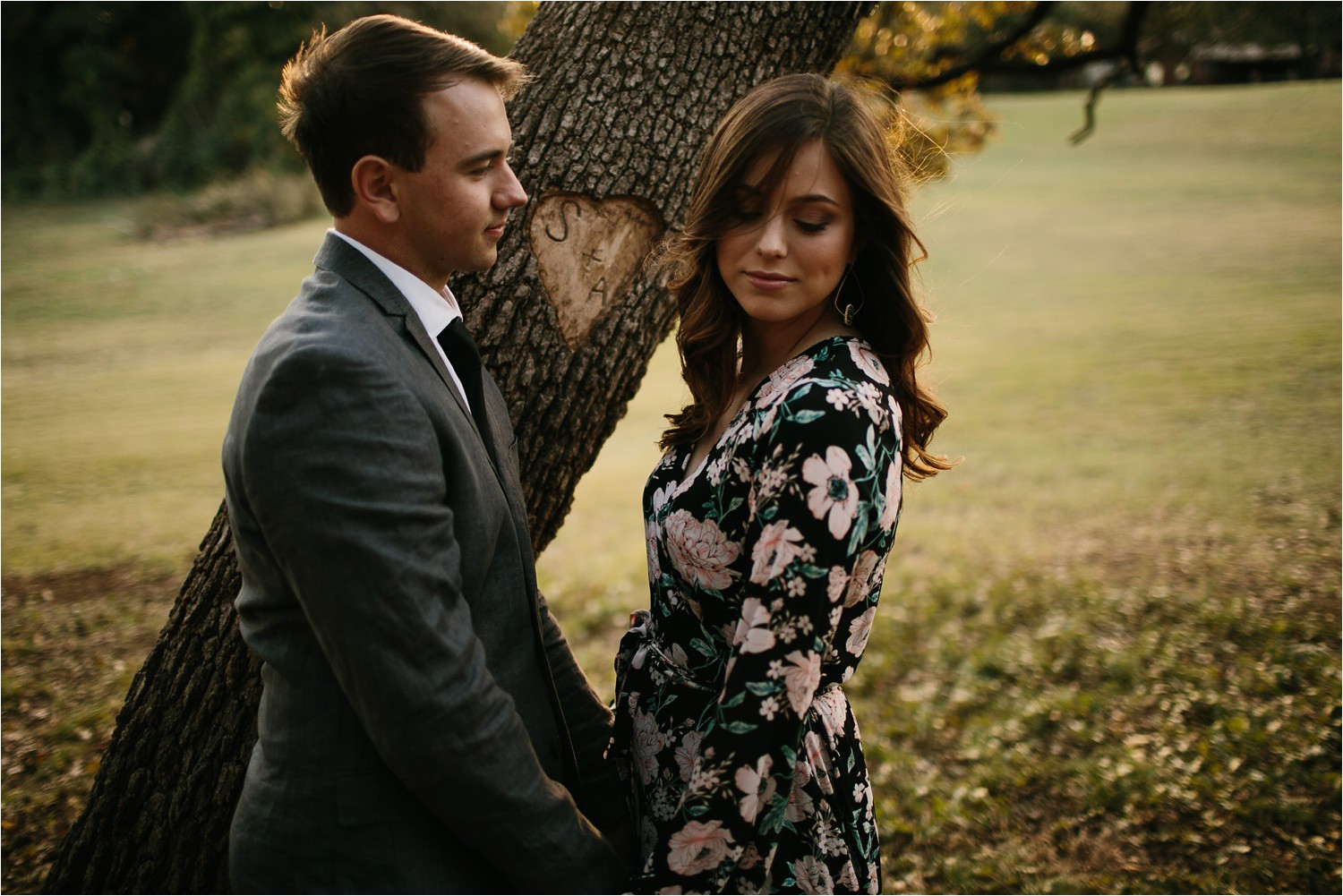 Aleta + Sabian __ a windy lakeside nature engagement session by North Texas Wedding Photographer Rachel Meagan Photography _03
