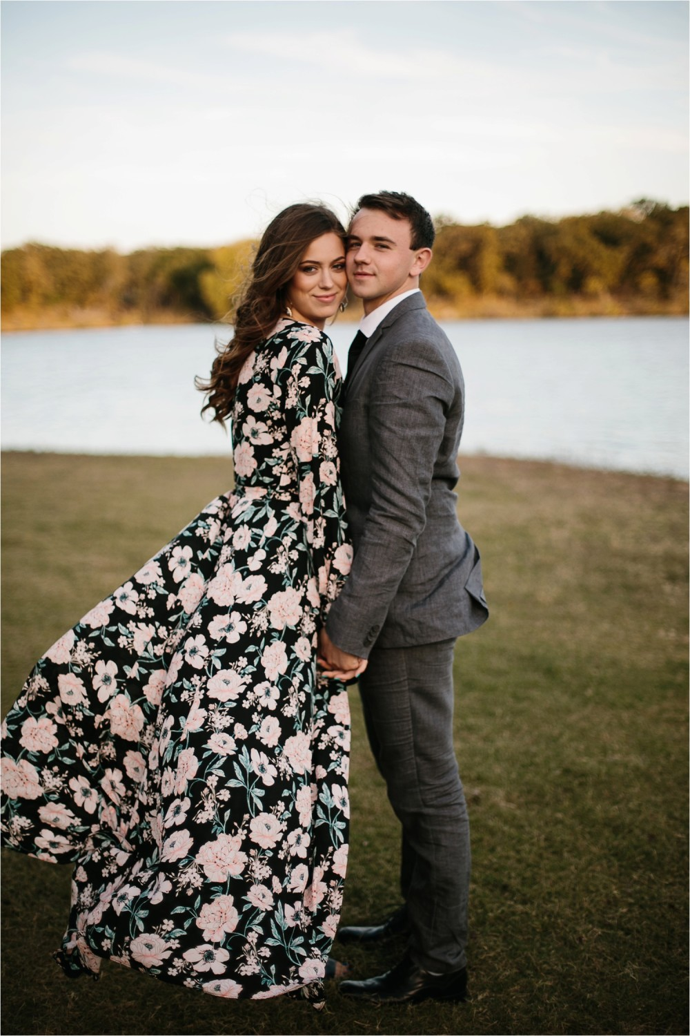 Aleta + Sabian __ a windy lakeside nature engagement session by North Texas Wedding Photographer Rachel Meagan Photography _17