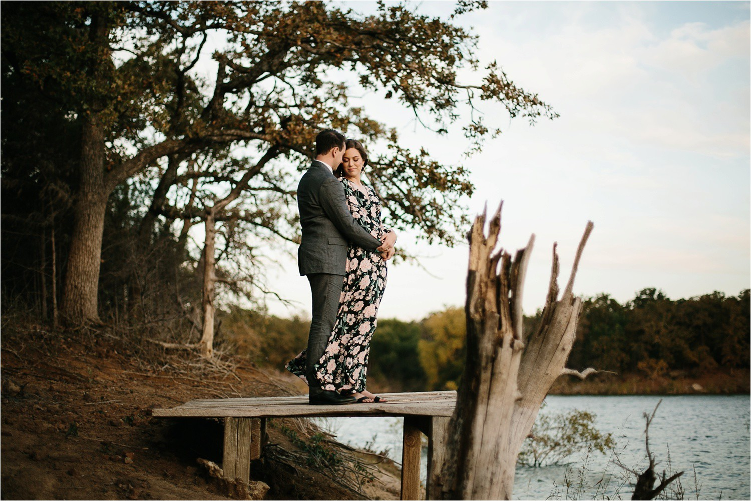 Aleta + Sabian __ a windy lakeside nature engagement session by North Texas Wedding Photographer Rachel Meagan Photography _37