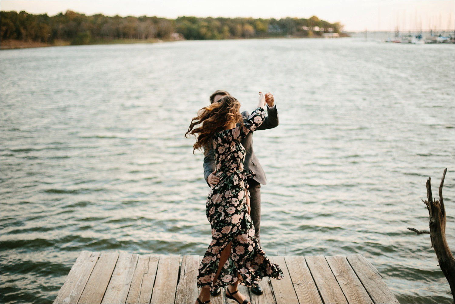Aleta + Sabian __ a windy lakeside nature engagement session by North Texas Wedding Photographer Rachel Meagan Photography _44