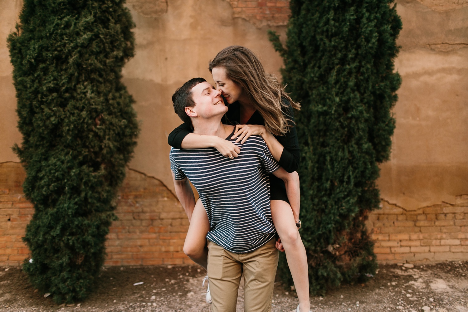 a passionate, natural, and urban engagement session in Dallas, TX by North Texas Wedding Photographer Rachel Meagan Photography _084