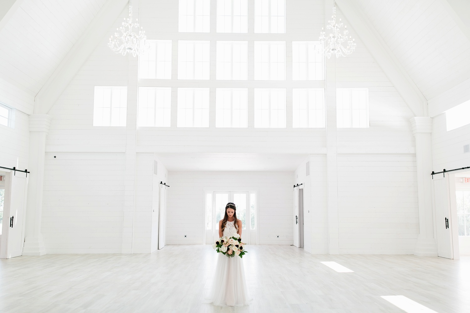 an all white minimialist style bridal session with burgundy and blush accents at The Nest at Ruth Farms in Ponder, Texas by North Texas Wedding Photographer Rachel Meagan Photography001