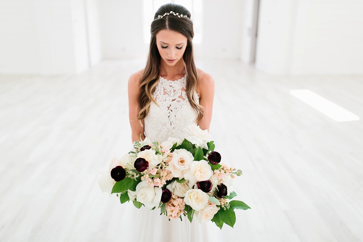 an all white minimialist style bridal session with burgundy and blush accents at The Nest at Ruth Farms in Ponder, Texas by North Texas Wedding Photographer Rachel Meagan Photography003