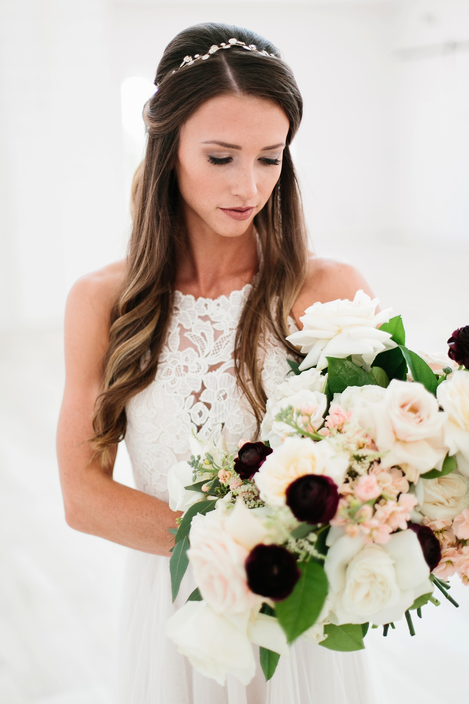 an all white minimialist style bridal session with burgundy and blush accents at The Nest at Ruth Farms in Ponder, Texas by North Texas Wedding Photographer Rachel Meagan Photography006