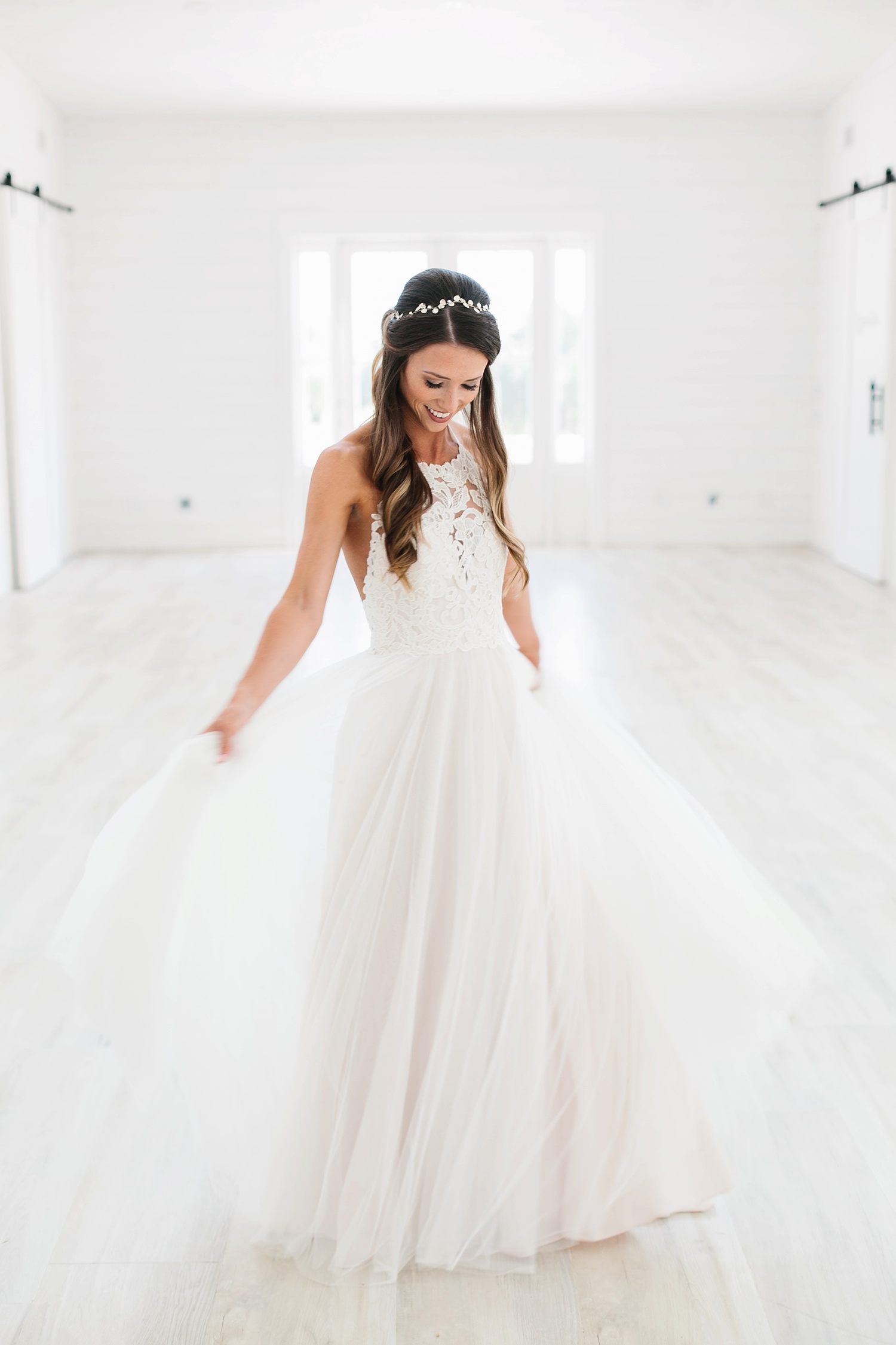 an all white minimialist style bridal session with burgundy and blush accents at The Nest at Ruth Farms in Ponder, Texas by North Texas Wedding Photographer Rachel Meagan Photography014