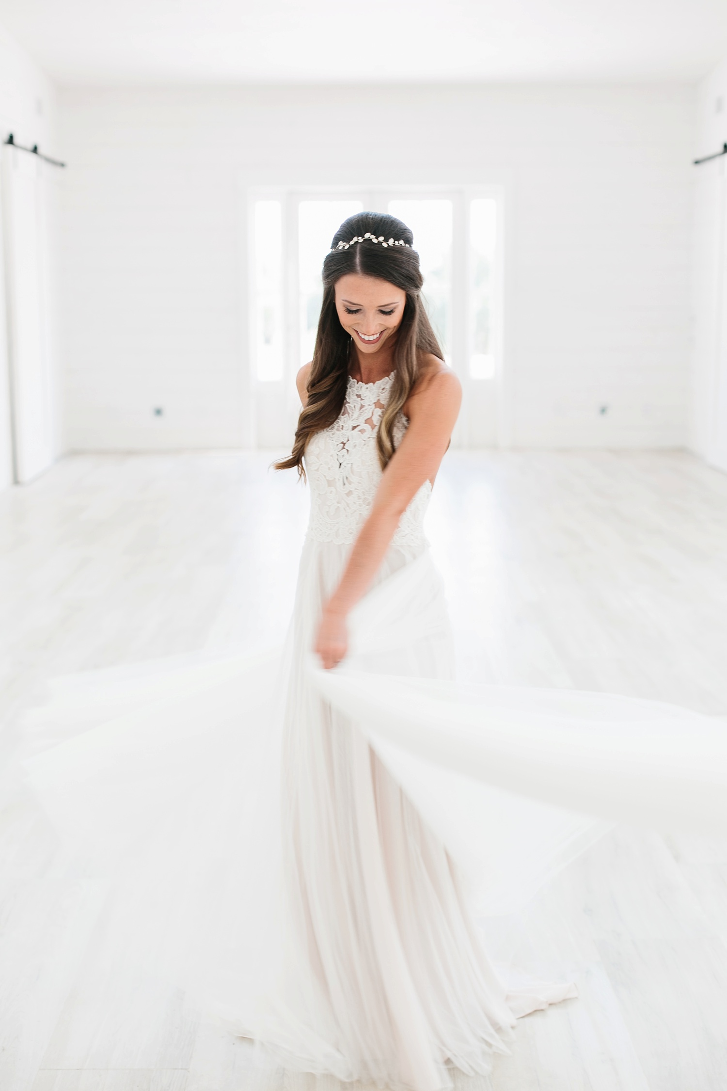 an all white minimialist style bridal session with burgundy and blush accents at The Nest at Ruth Farms in Ponder, Texas by North Texas Wedding Photographer Rachel Meagan Photography016