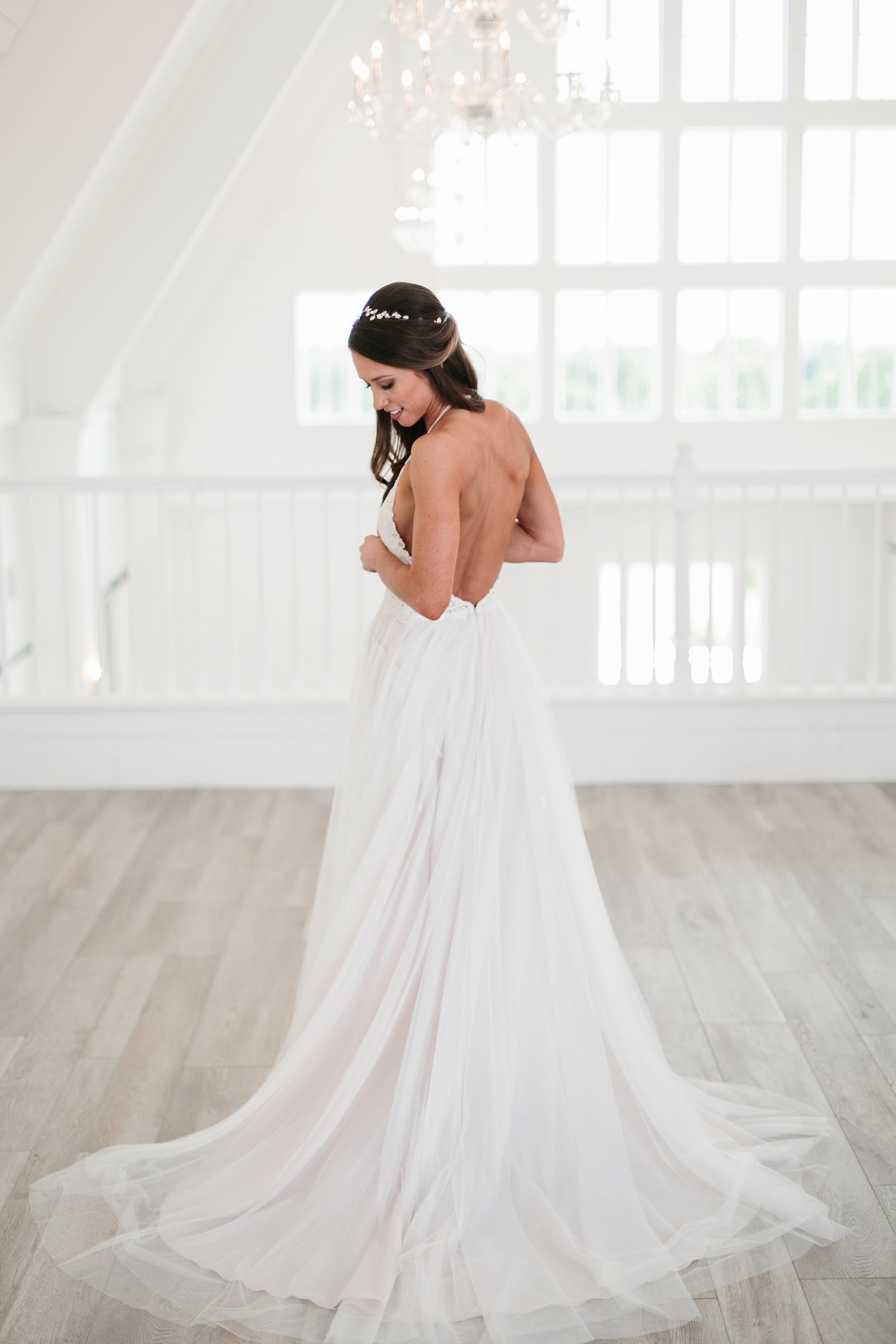 an all white minimialist style bridal session with burgundy and blush accents at The Nest at Ruth Farms in Ponder, Texas by North Texas Wedding Photographer Rachel Meagan Photography051
