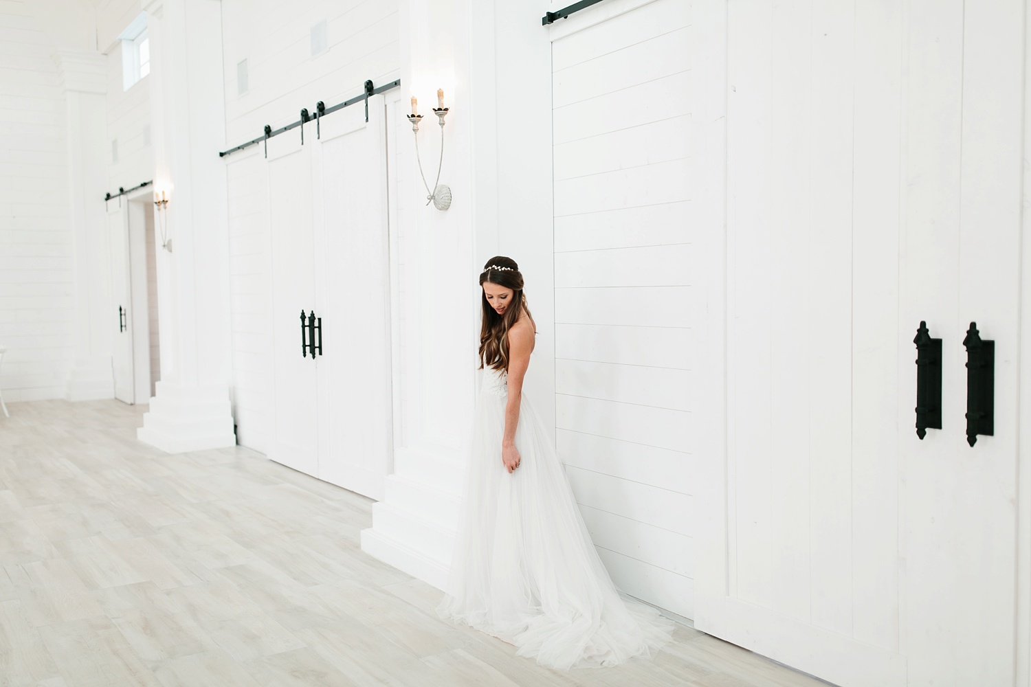 an all white minimialist style bridal session with burgundy and blush accents at The Nest at Ruth Farms in Ponder, Texas by North Texas Wedding Photographer Rachel Meagan Photography093