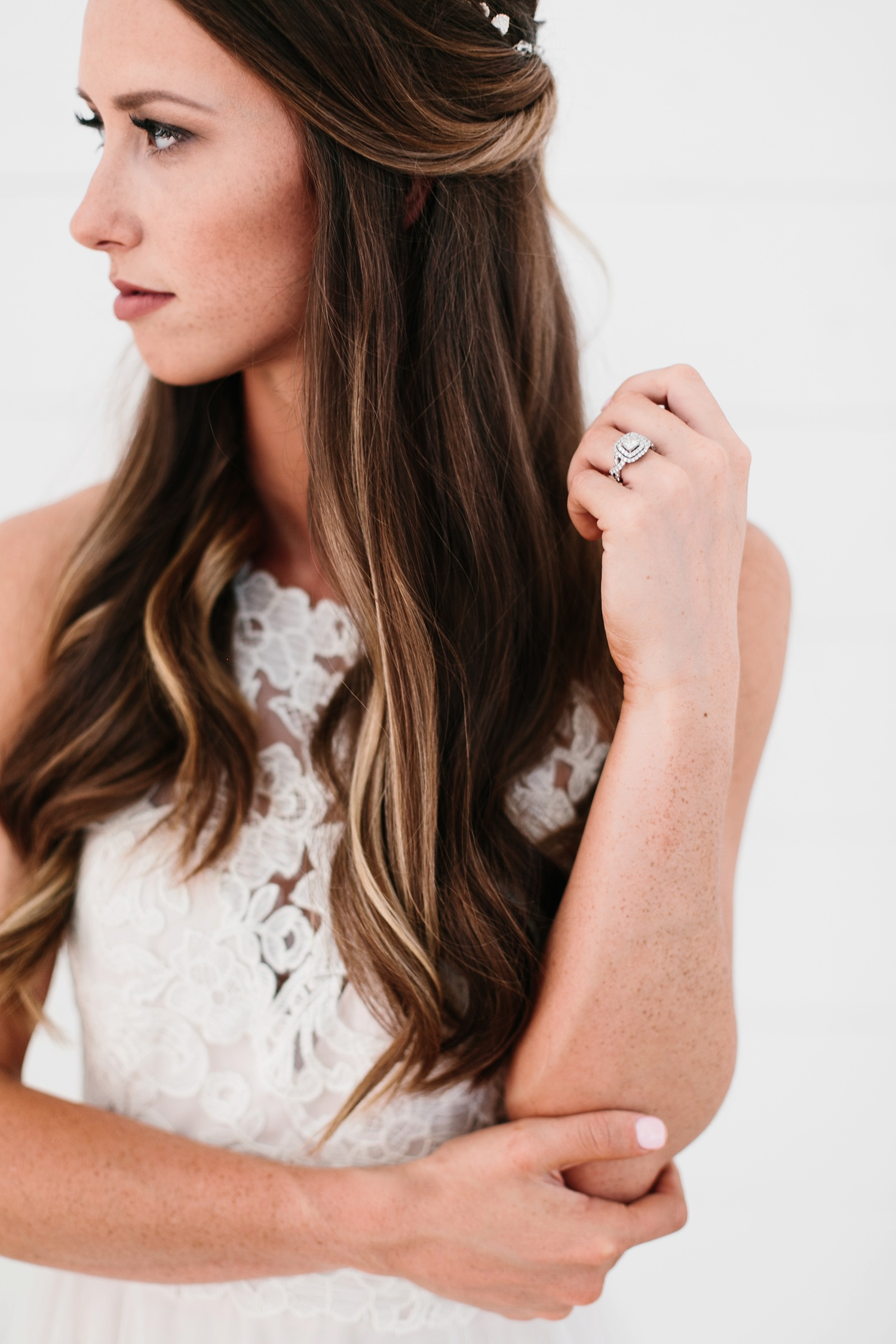 an all white minimialist style bridal session with burgundy and blush accents at The Nest at Ruth Farms in Ponder, Texas by North Texas Wedding Photographer Rachel Meagan Photography108