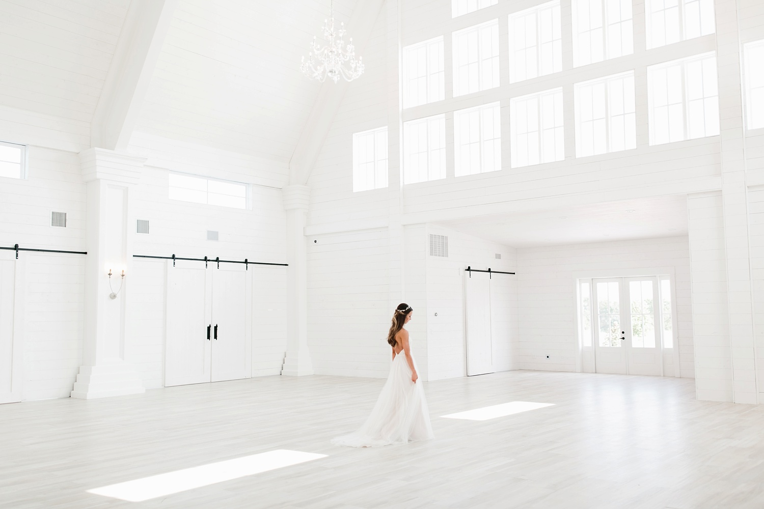 an all white minimialist style bridal session with burgundy and blush accents at The Nest at Ruth Farms in Ponder, Texas by North Texas Wedding Photographer Rachel Meagan Photography113