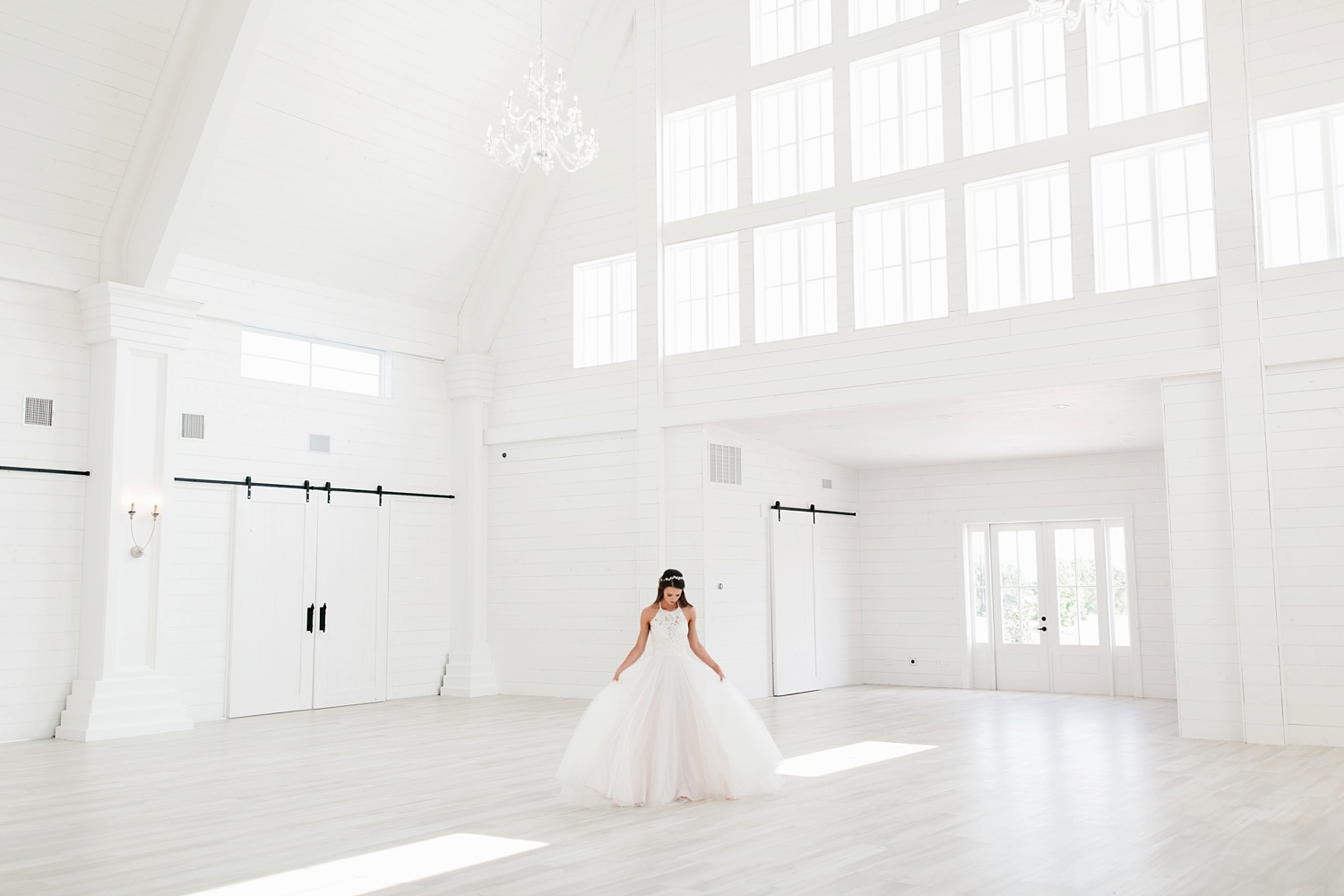 an all white minimialist style bridal session with burgundy and blush accents at The Nest at Ruth Farms in Ponder, Texas by North Texas Wedding Photographer Rachel Meagan Photography114