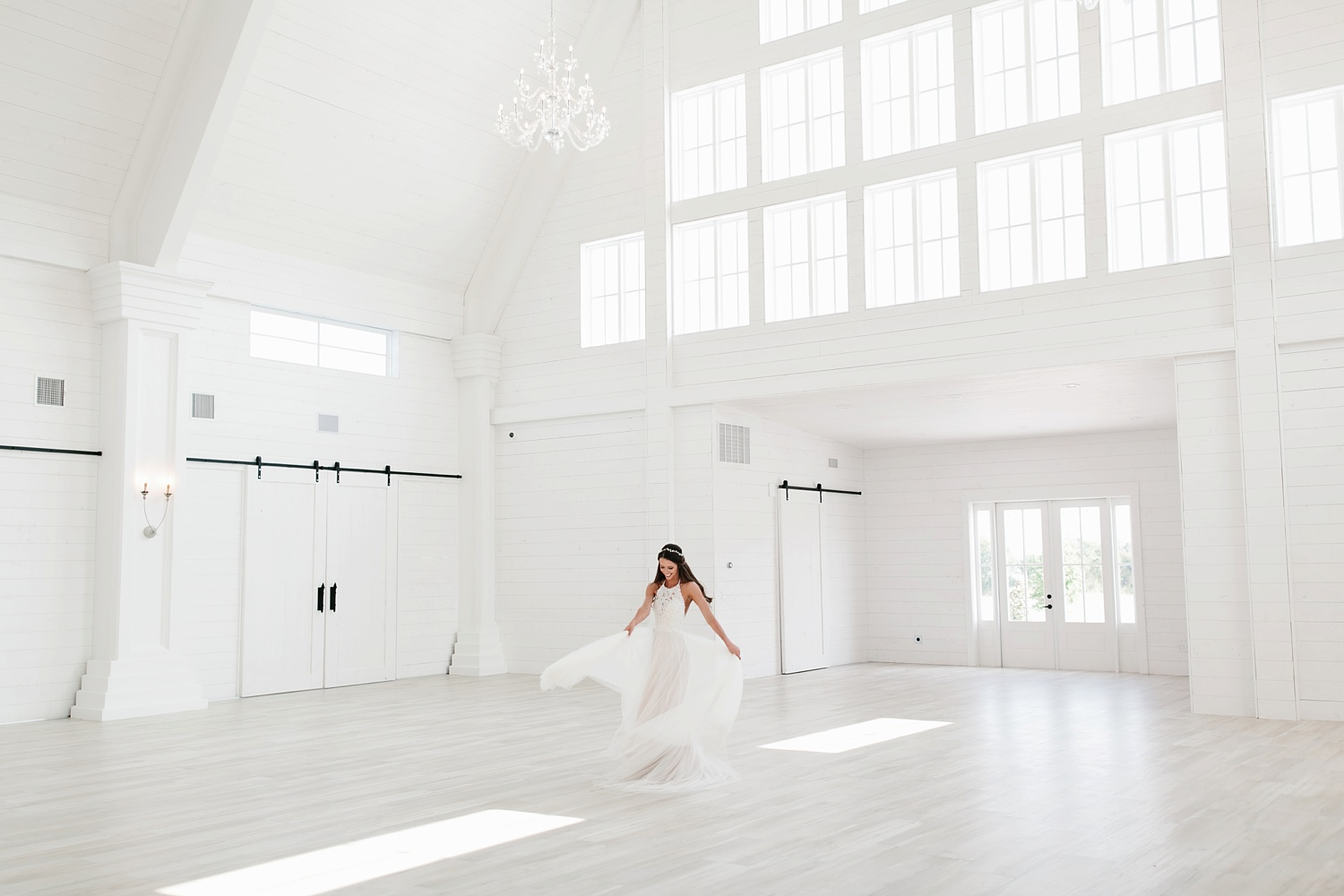 an all white minimialist style bridal session with burgundy and blush accents at The Nest at Ruth Farms in Ponder, Texas by North Texas Wedding Photographer Rachel Meagan Photography118