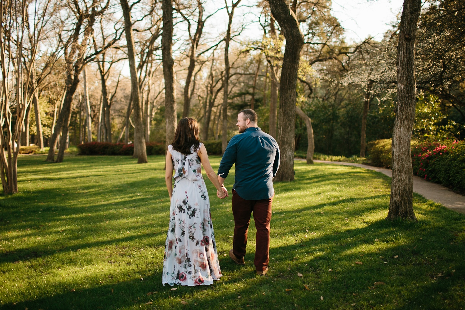 Kadee + Tyler _ a forest and city skyline engagement shoot in Dallas by North Texas Wedding Photographer Rachel Meagan Photography_21