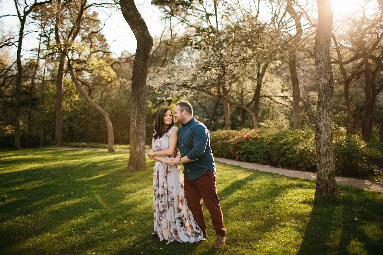 Kadee + Tyler _ a forest and city skyline engagement shoot in Dallas by North Texas Wedding Photographer Rachel Meagan Photography_22