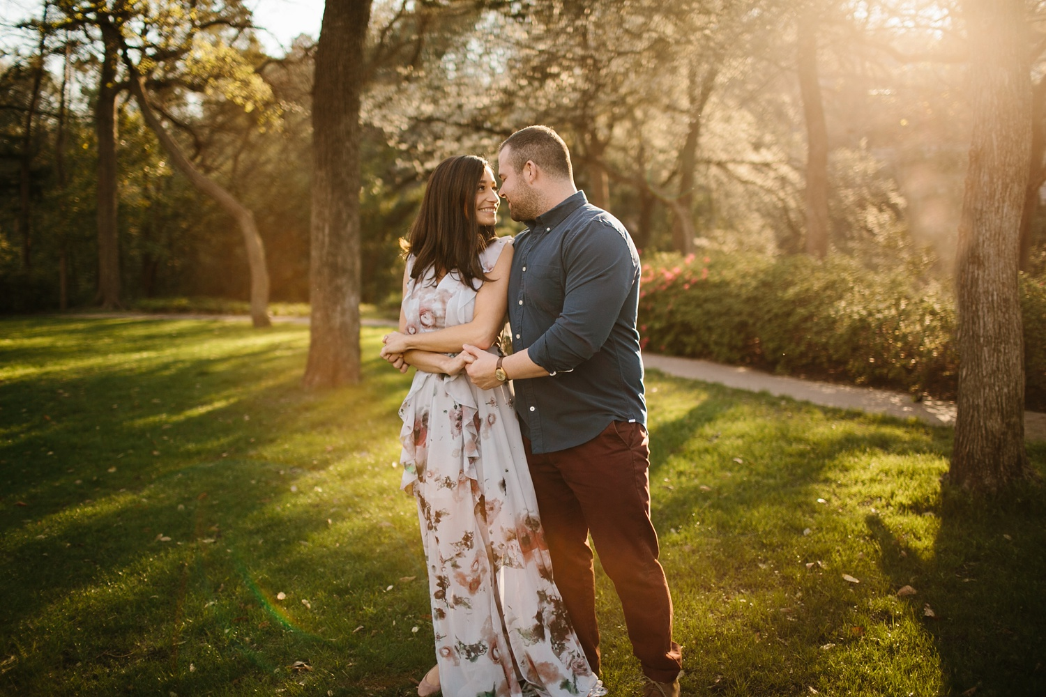 Kadee + Tyler _ a forest and city skyline engagement shoot in Dallas by North Texas Wedding Photographer Rachel Meagan Photography_25