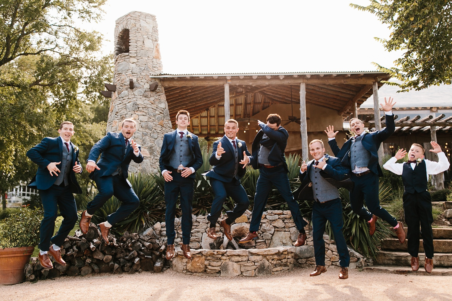a passionate, emotion filled summer wedding with with navy and burgandy accents at The Brooks at Weatherford by North Texas Wedding Photographer, Rachel Meagan Photography _028