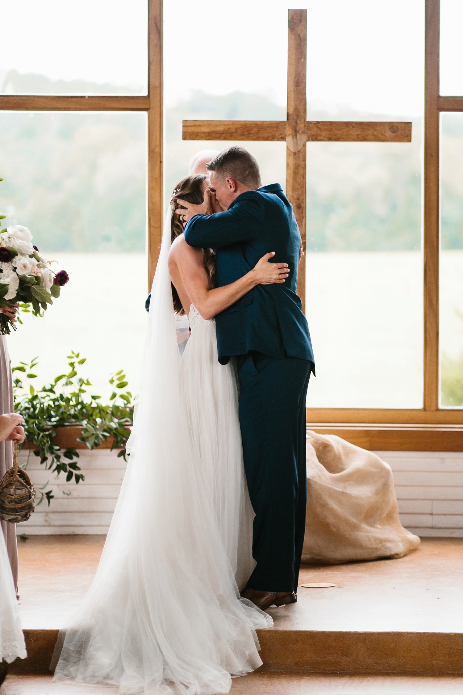 a passionate, emotion filled summer wedding with with navy and burgandy accents at The Brooks at Weatherford by North Texas Wedding Photographer, Rachel Meagan Photography _057