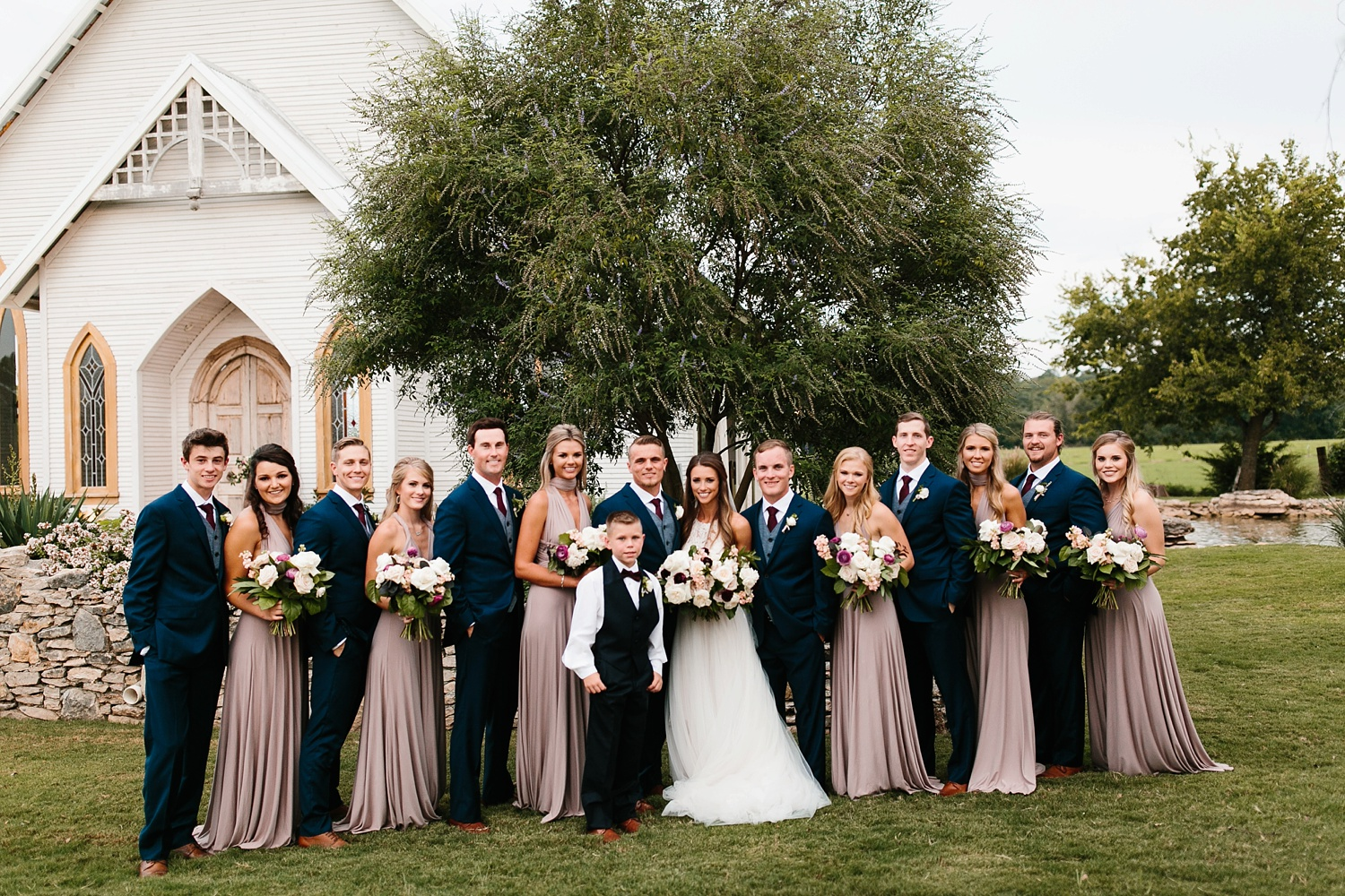 a passionate, emotion filled summer wedding with with navy and burgandy accents at The Brooks at Weatherford by North Texas Wedding Photographer, Rachel Meagan Photography _070
