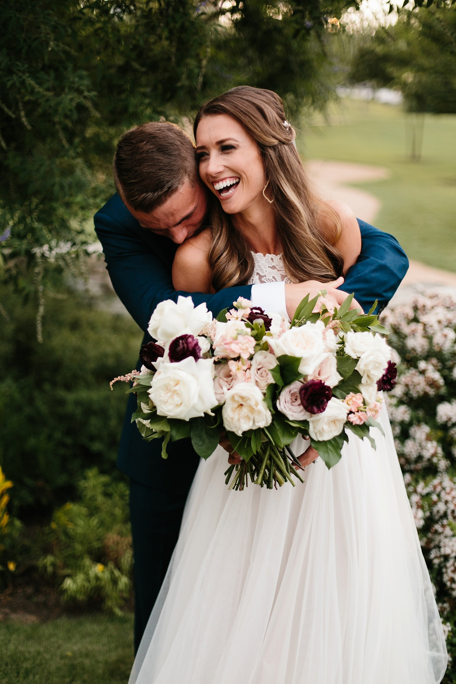 a passionate, emotion filled summer wedding with with navy and burgandy accents at The Brooks at Weatherford by North Texas Wedding Photographer, Rachel Meagan Photography _074