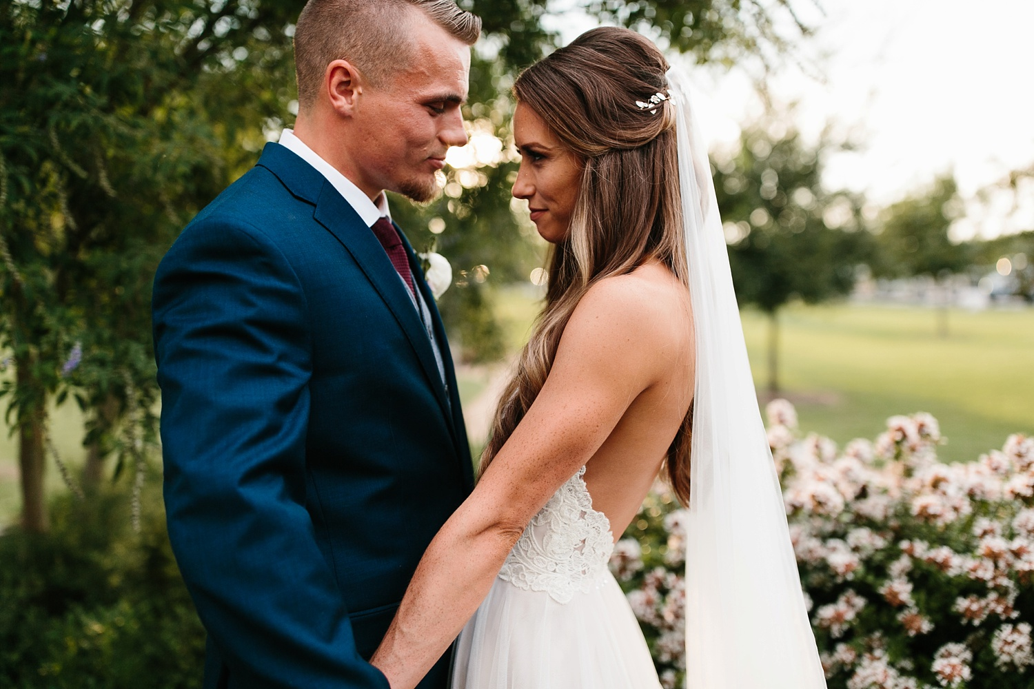 a passionate, emotion filled summer wedding with with navy and burgandy accents at The Brooks at Weatherford by North Texas Wedding Photographer, Rachel Meagan Photography _081