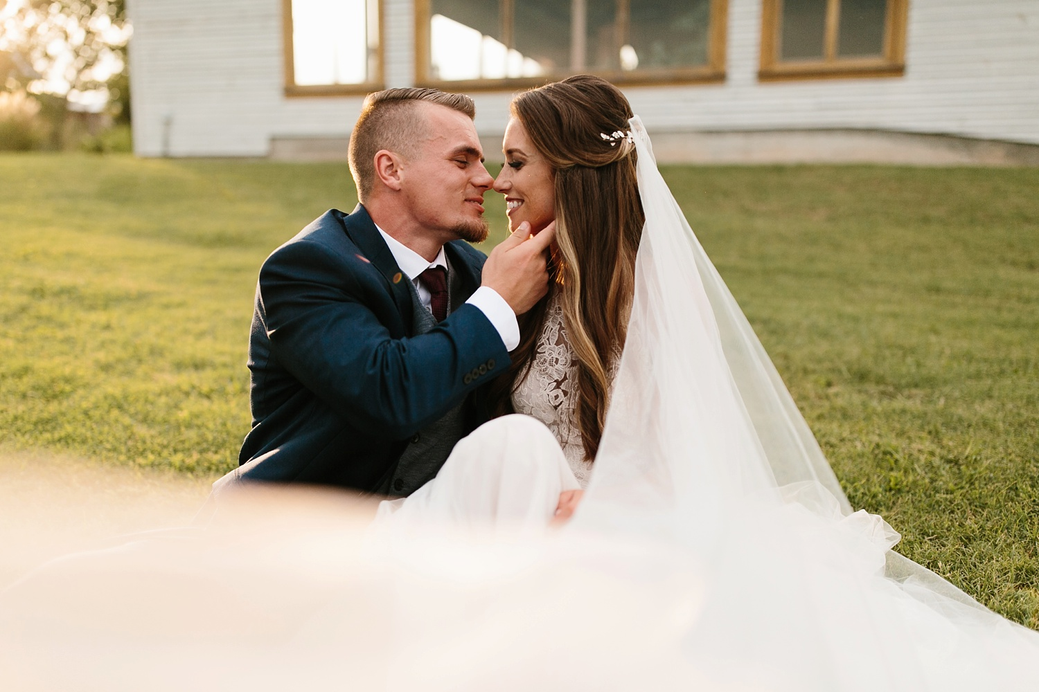 a passionate, emotion filled summer wedding with with navy and burgandy accents at The Brooks at Weatherford by North Texas Wedding Photographer, Rachel Meagan Photography _091