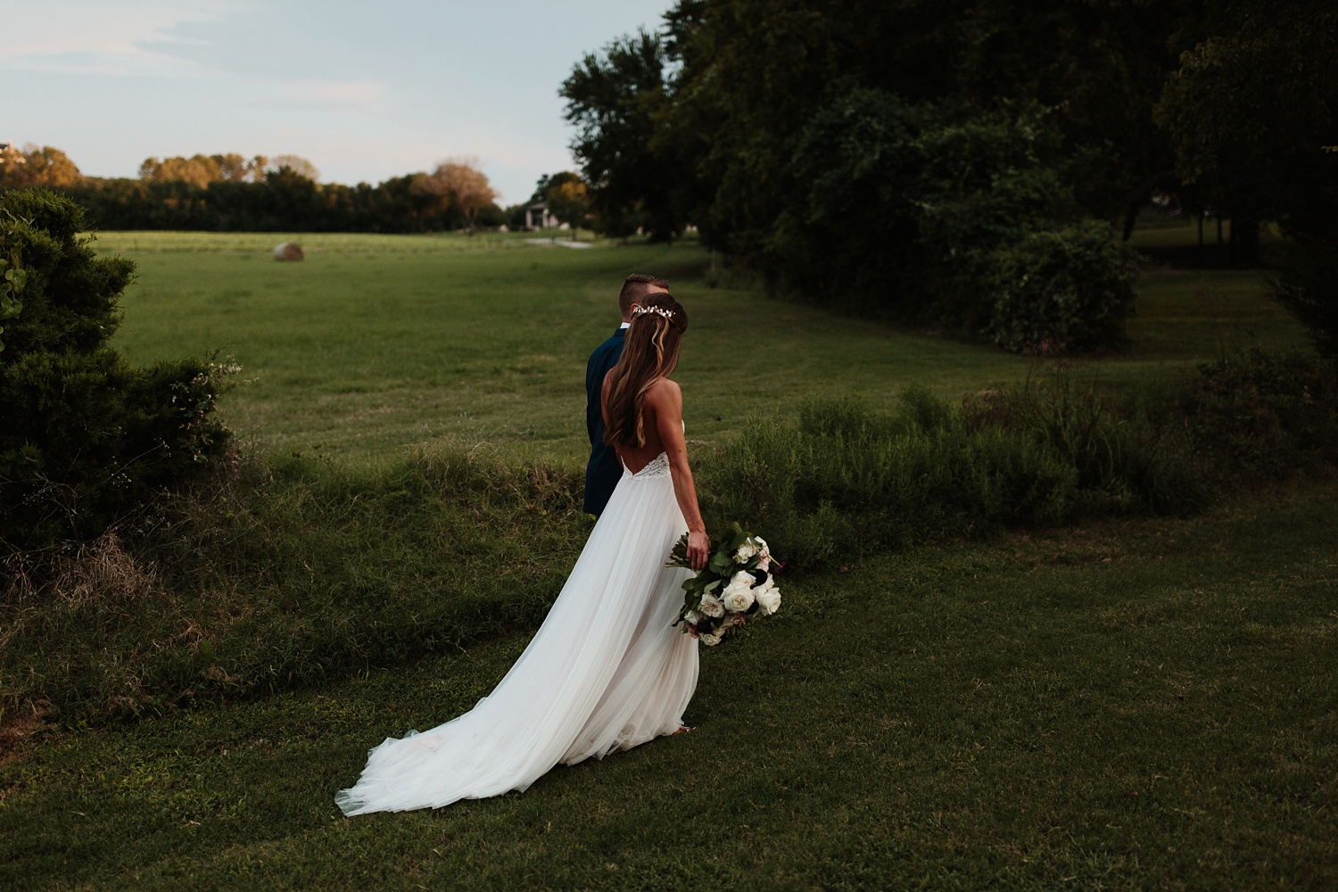 a passionate, emotion filled summer wedding with with navy and burgandy accents at The Brooks at Weatherford by North Texas Wedding Photographer, Rachel Meagan Photography _105