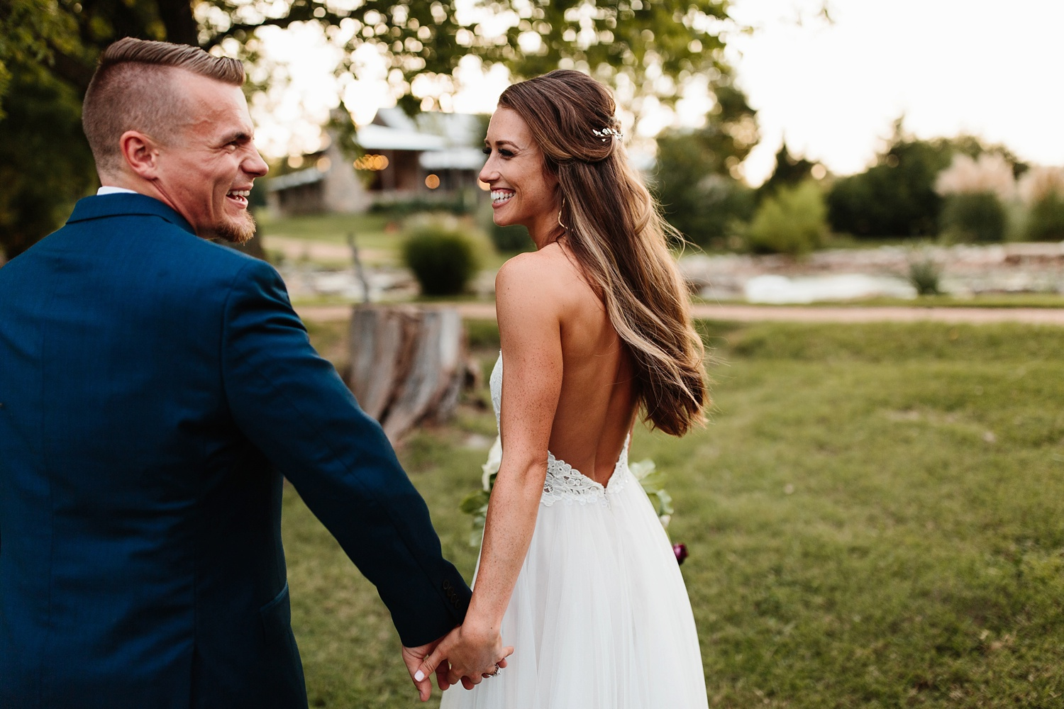 a passionate, emotion filled summer wedding with with navy and burgandy accents at The Brooks at Weatherford by North Texas Wedding Photographer, Rachel Meagan Photography _107
