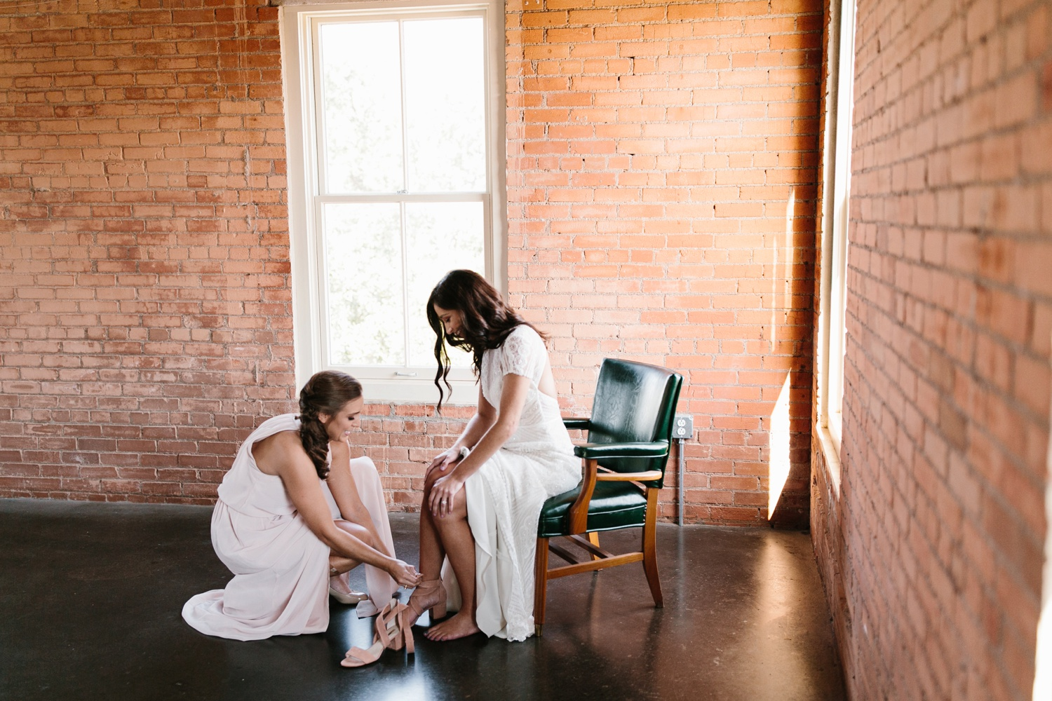 Kadee + Tyler | a raw, emotional wedding at the Filter Building on White Rock Lake in Dallas, TX by North Texas Wedding Photographer, Rachel Meagan Photography 024
