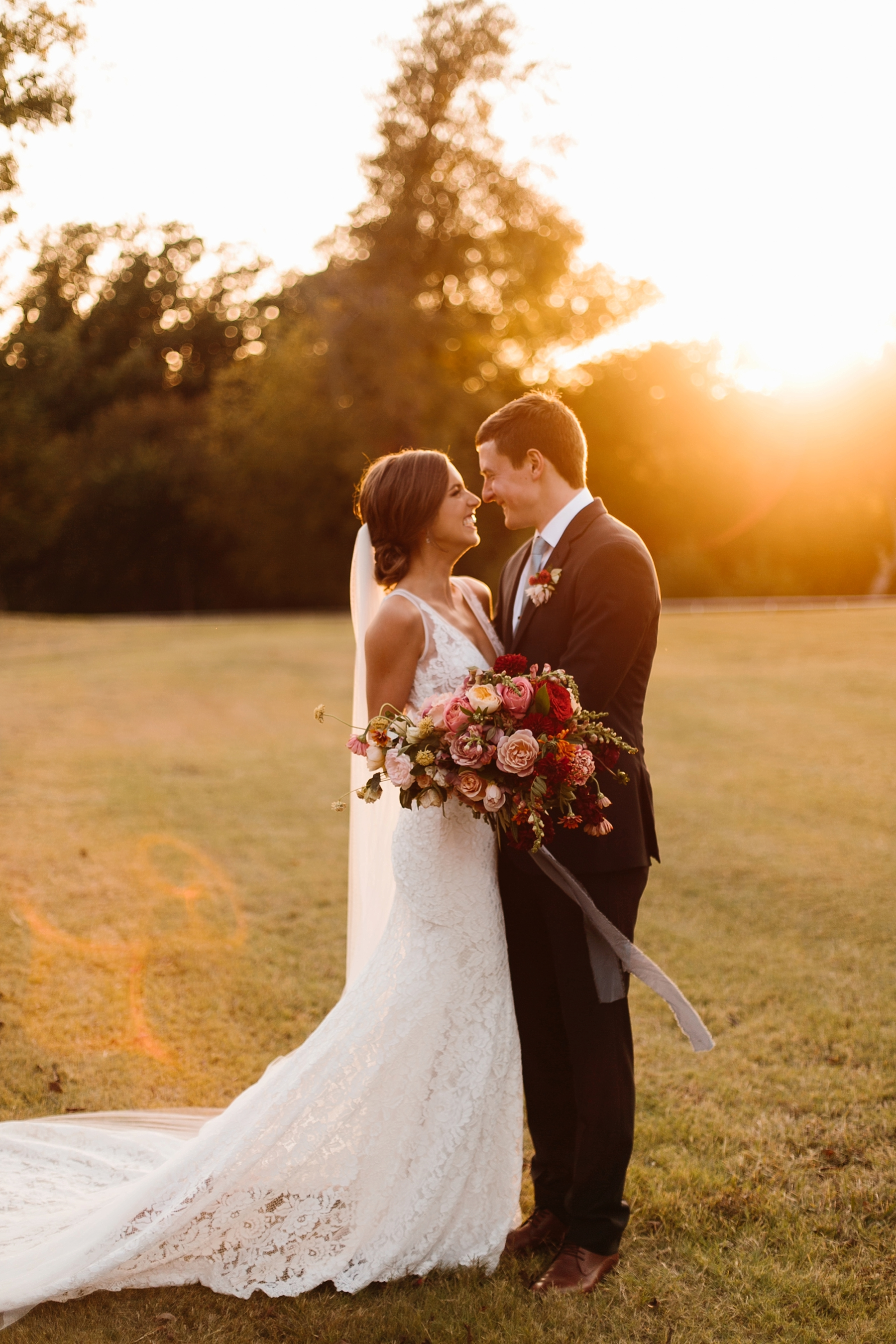 Lauren + Nathan _ a vibrant, wedding with a Navy, Red, and Duck Egg Blue Pallete at Firefly Gardens by North Texas Wedding Photographer Rachel Meagan Photography _ 107