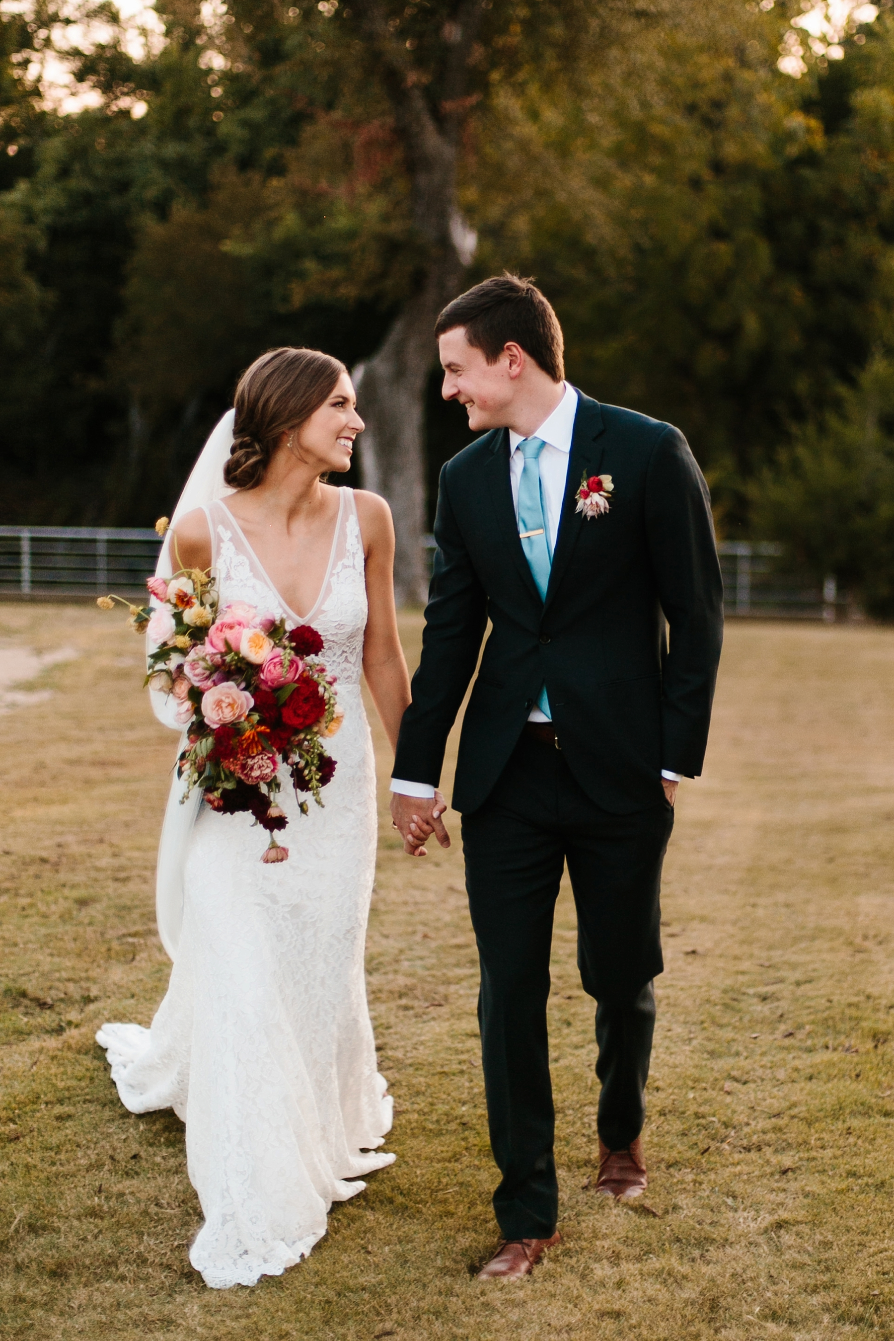 Lauren + Nathan _ a vibrant, wedding with a Navy, Red, and Duck Egg Blue Pallete at Firefly Gardens by North Texas Wedding Photographer Rachel Meagan Photography _ 141
