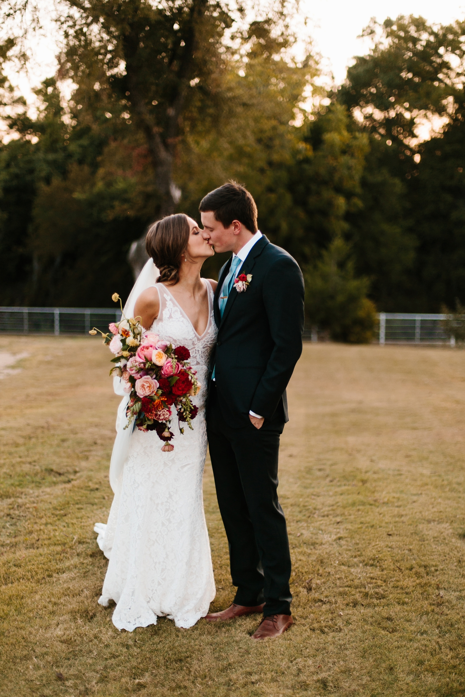 Lauren + Nathan _ a vibrant, wedding with a Navy, Red, and Duck Egg Blue Pallete at Firefly Gardens by North Texas Wedding Photographer Rachel Meagan Photography _ 142