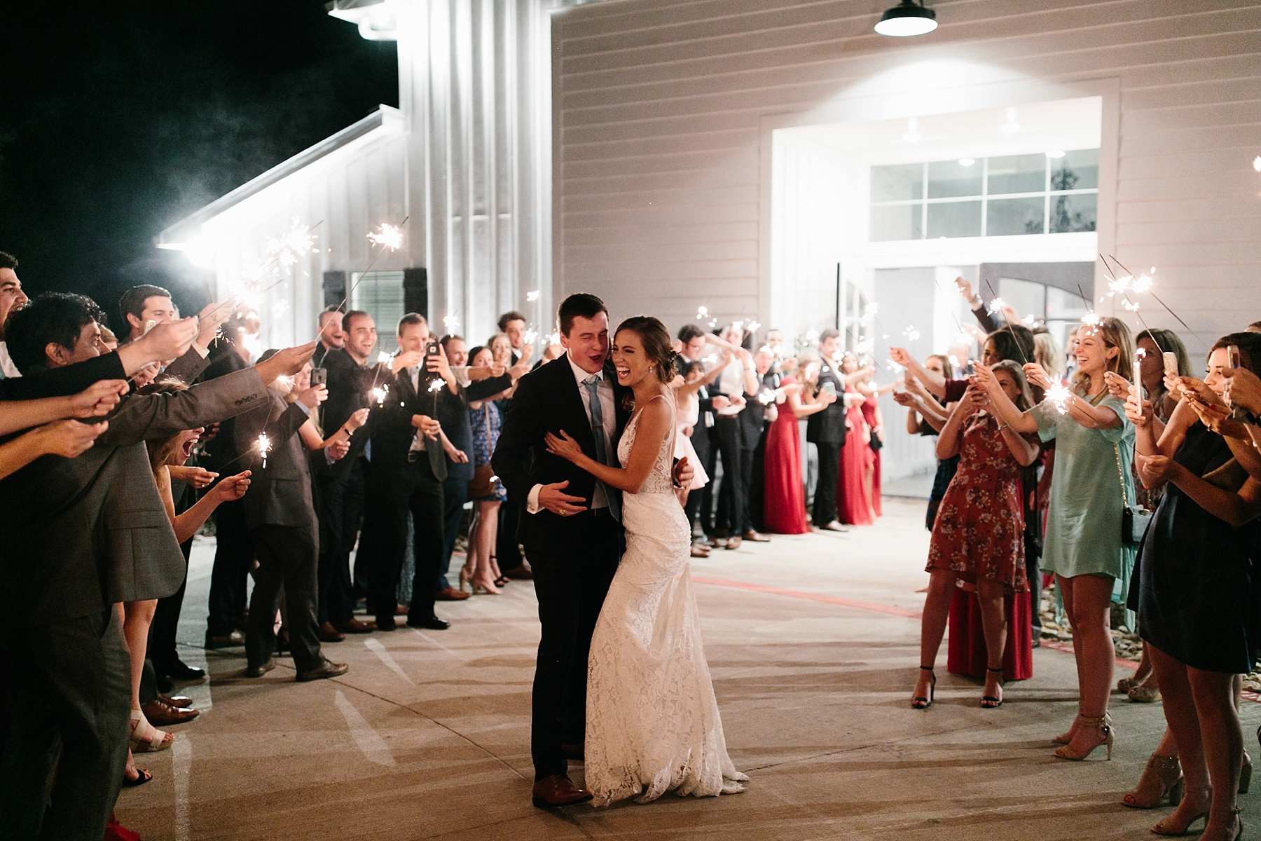 Lauren + Nathan _ a vibrant, wedding with a Navy, Red, and Duck Egg Blue Pallete at Firefly Gardens by North Texas Wedding Photographer Rachel Meagan Photography _ 173